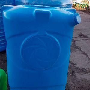 Прямоугольная ёмкость 750 литров горизонтальная